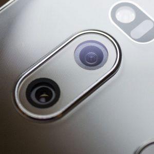 Гъвкав стъклен протектор за задна камера за LG V30